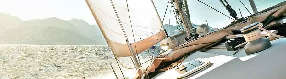 Trimmleinen auf einem Segelschiff